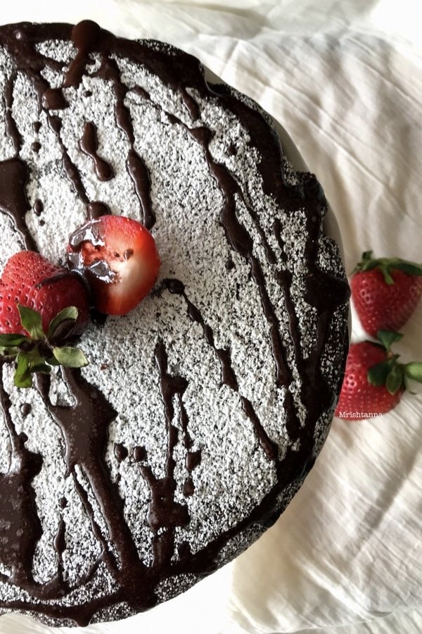 A close up of chocolate semolina cake